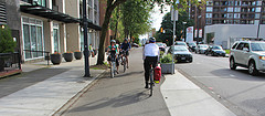 自転車レーンの整備どんどんやってオリンピックを迎えてください