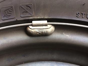 タイヤの識別