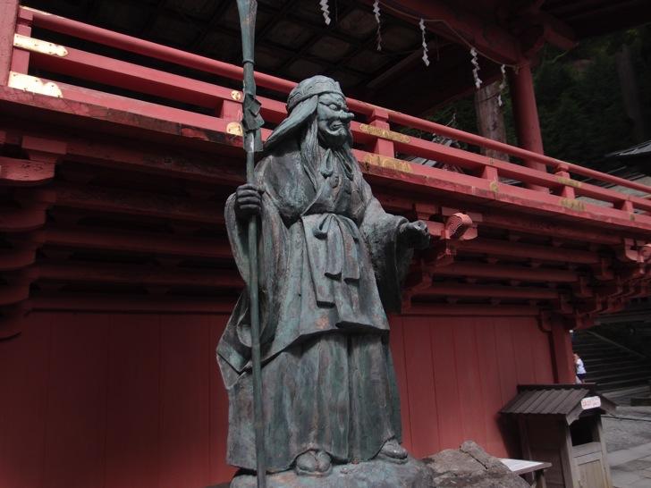真夏でも涼しい榛名神社の七福神ともう一体