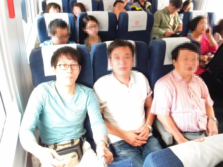 中国新幹線でMONOPOD記念撮影