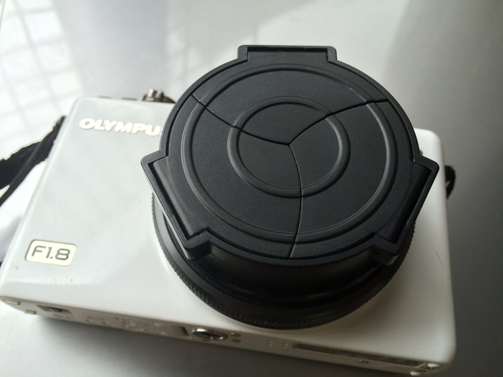 オリンパスXZ-1レンズキャップ