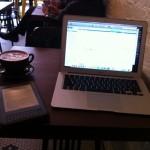 喫茶店でパソコン開いて作業するのがアリからナシへと変化