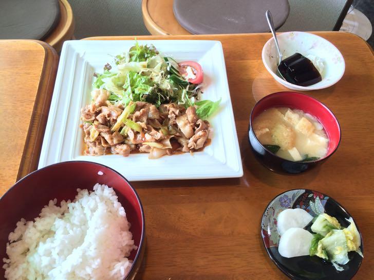 ラディッシュの豚生姜焼き定食