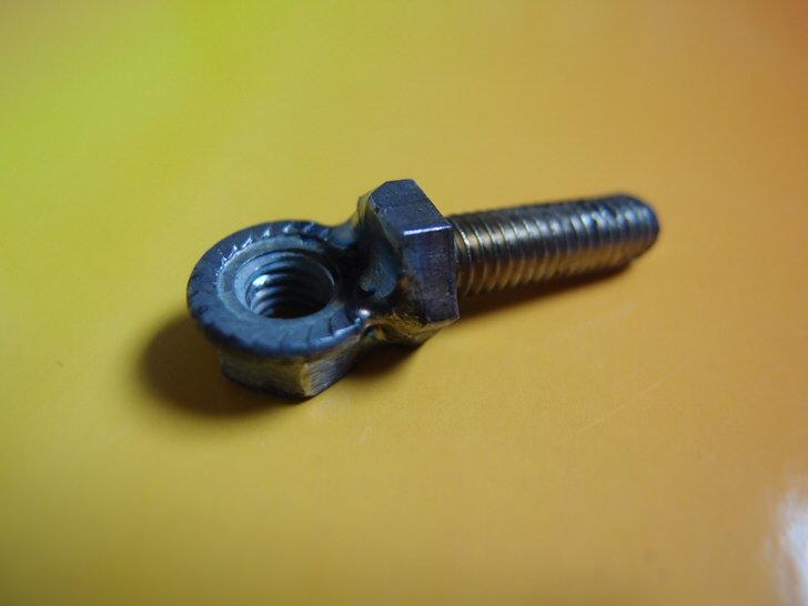 手作りブレーキ金具