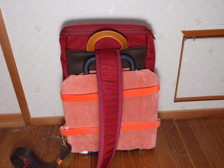 ブロンプトンのキャリアフレームに袋装着