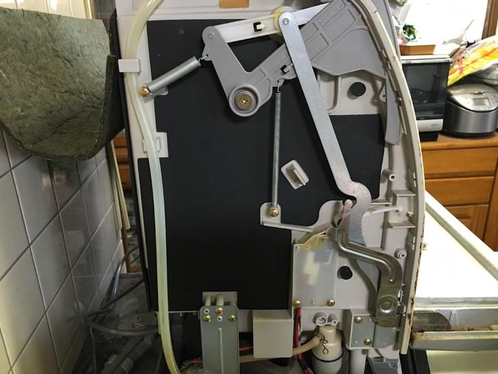 サンヨー食器洗い乾燥機DW-SX3000修理