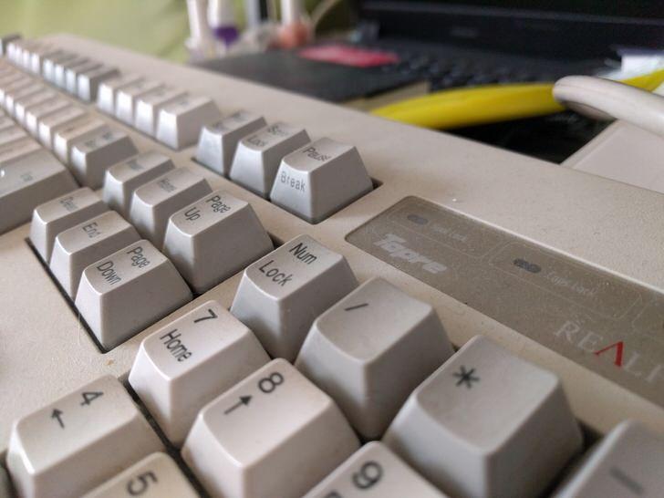 東プレの銘機キーボードREALFORCE