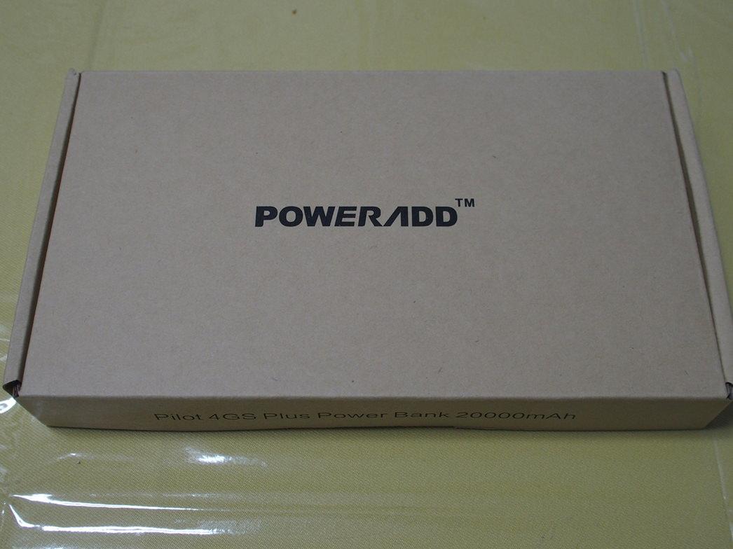 POWERADDの20000mAhモバイルバッテリー