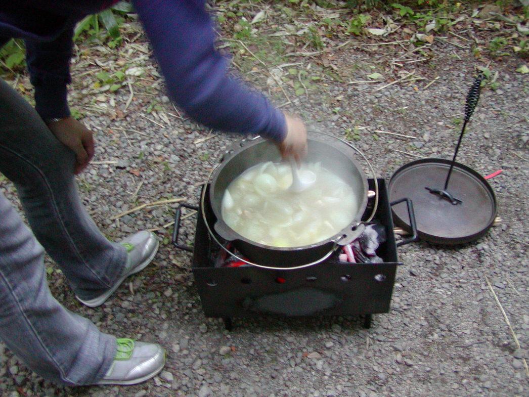 キャンプでの調理