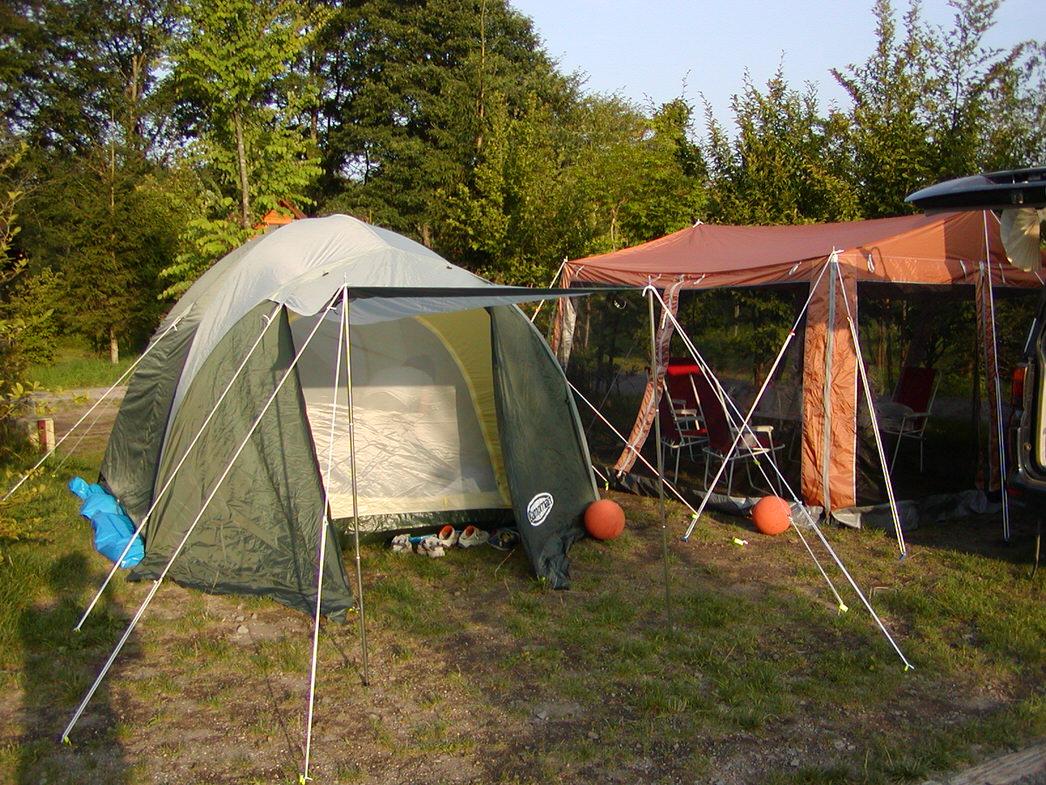 キャンプでの必需品