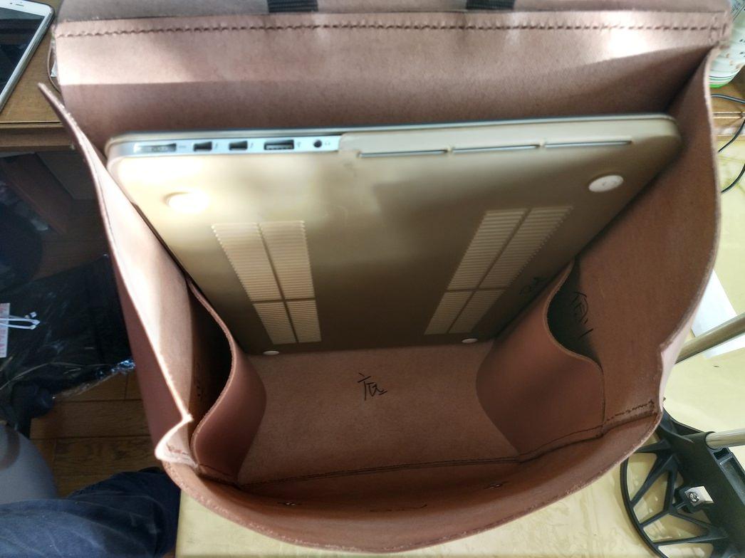 革鞄一旦完成一応実用性有りです