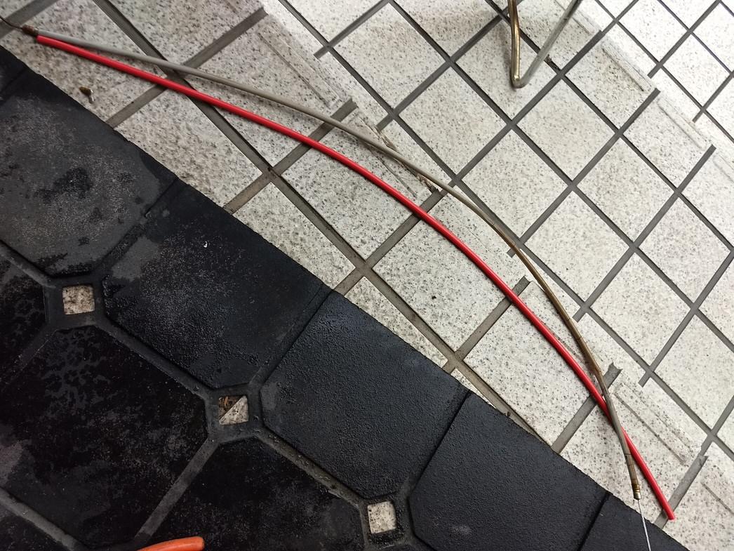 ママチャリのブレーキケーブル交換