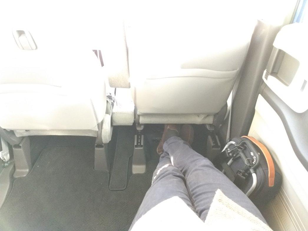 N-BOXの後部座席は超広い