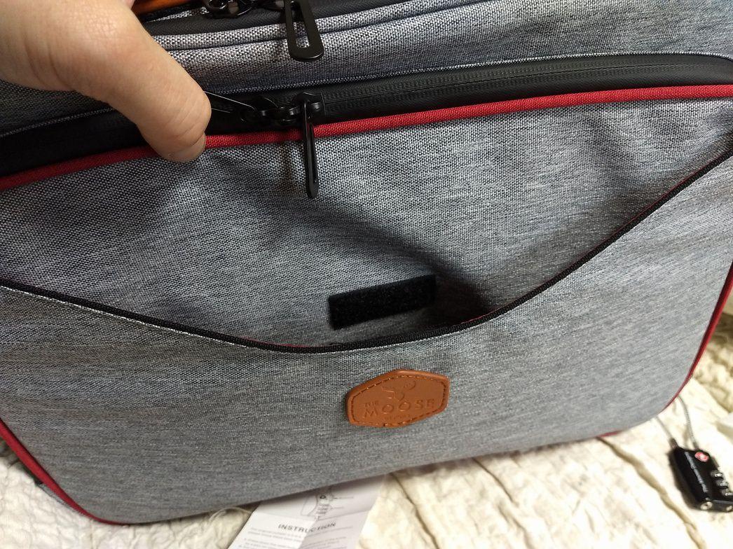 キックスターターで入手したPCバッグ