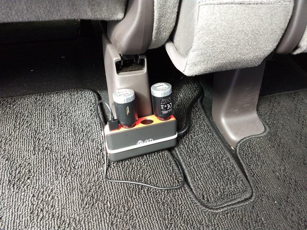 車載USB電源設置
