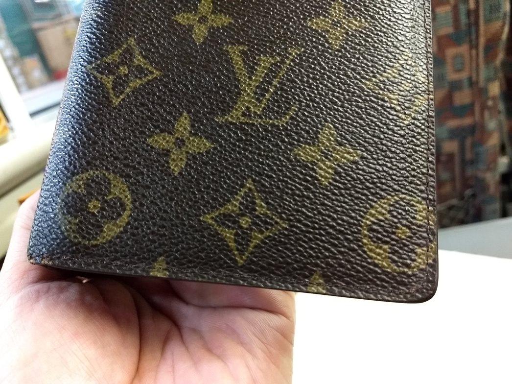 修理に出して戻ってきたヴィトンの財布