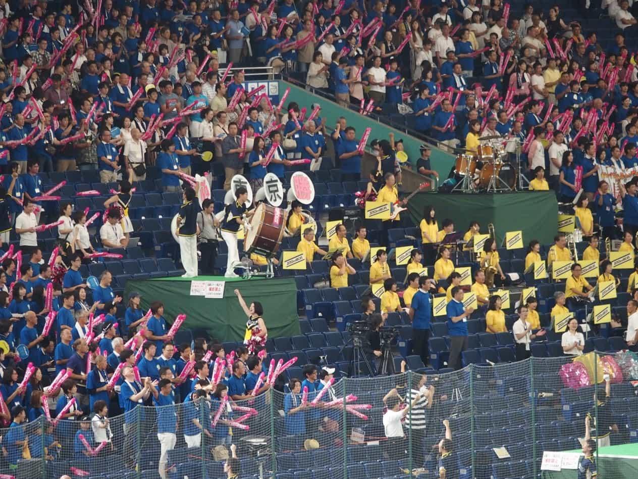 都市対抗野球大会のチアガール