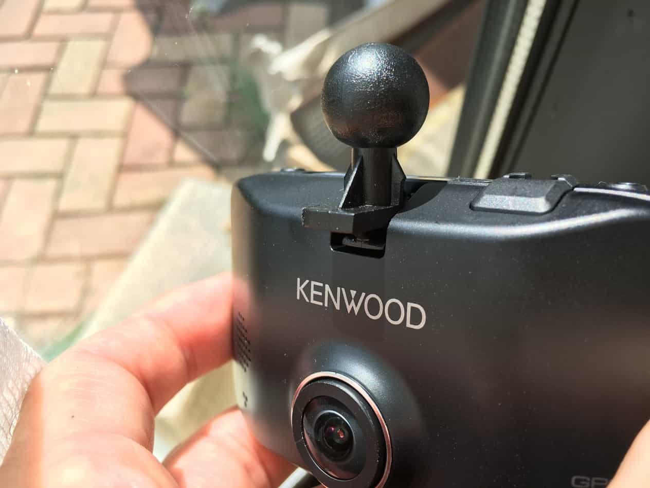 KENWOODドライブレコーダー固定のため汎用ステー改造