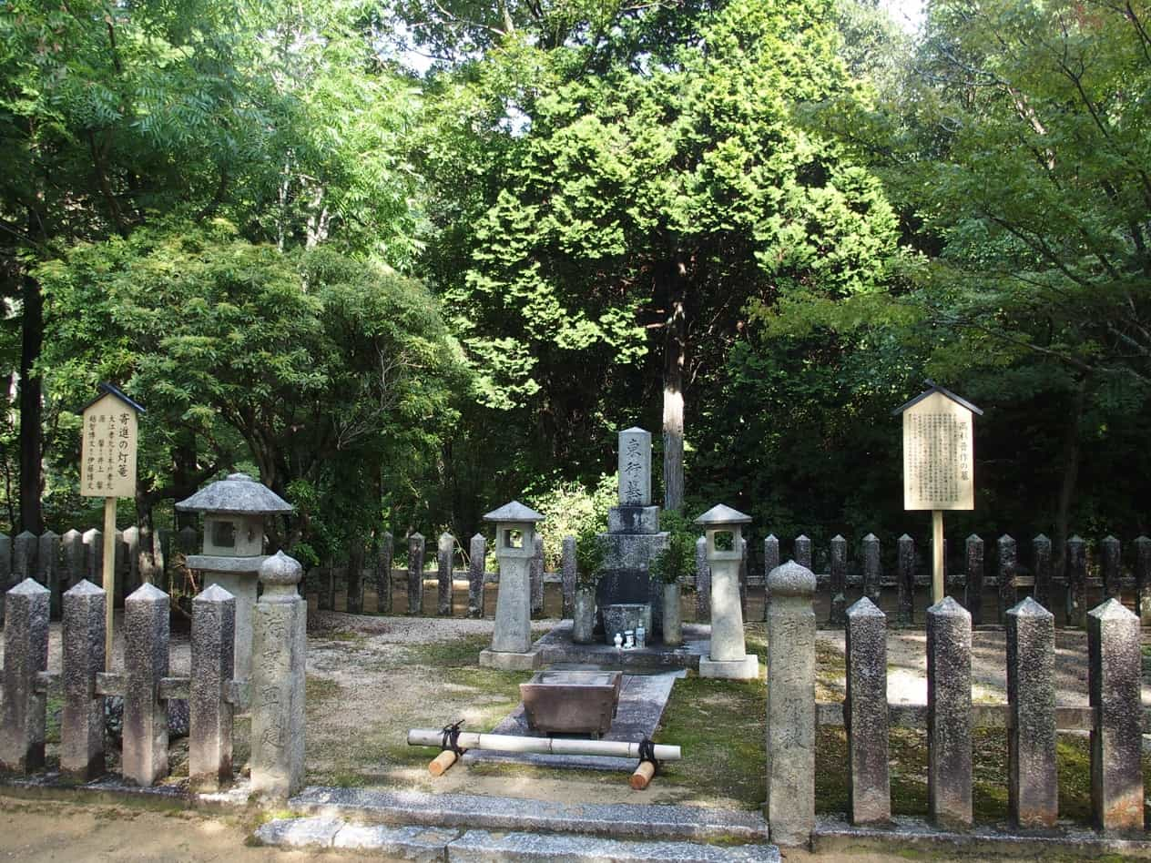 東行庵における高杉晋作の墓