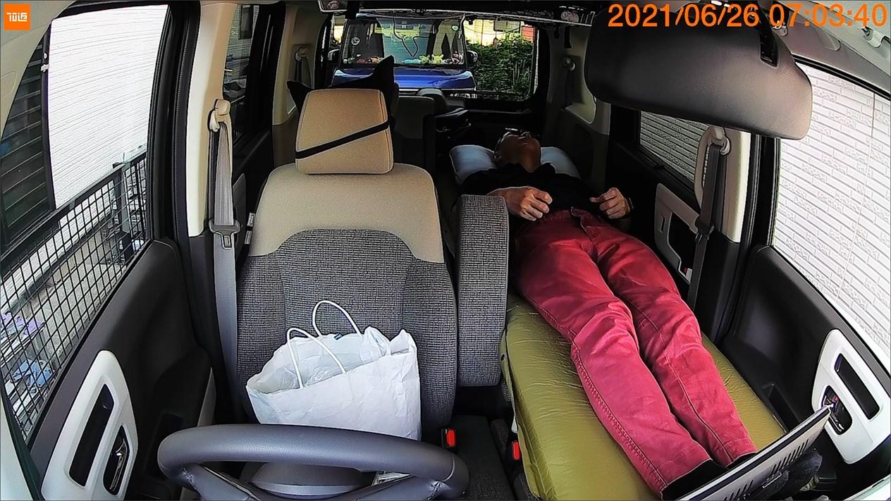 N-BOX車中泊ベッド