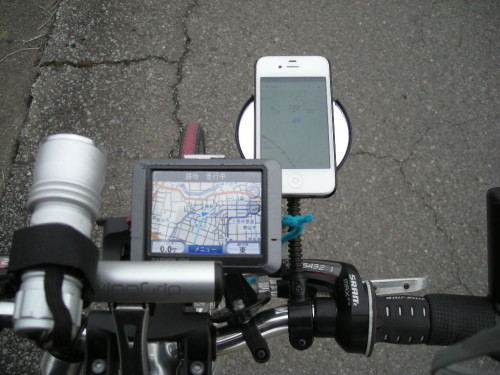 自動車用スマホホルダーを自転車に