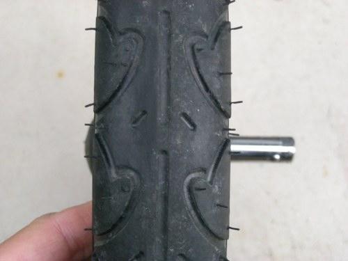 サイクルトレーラーのトレッドパターン