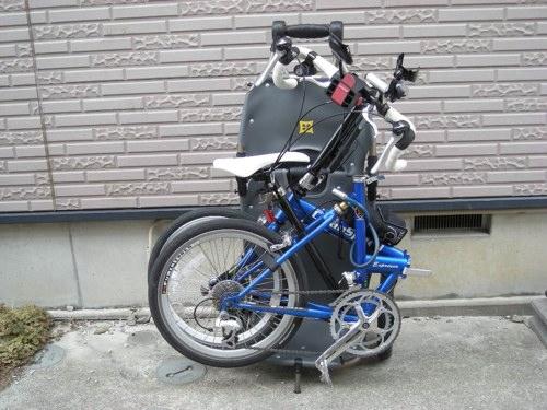 普通のバッグをトレーラーに着けられるように改造