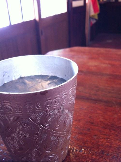 タイ料理シャム洒落たお冷のコップ